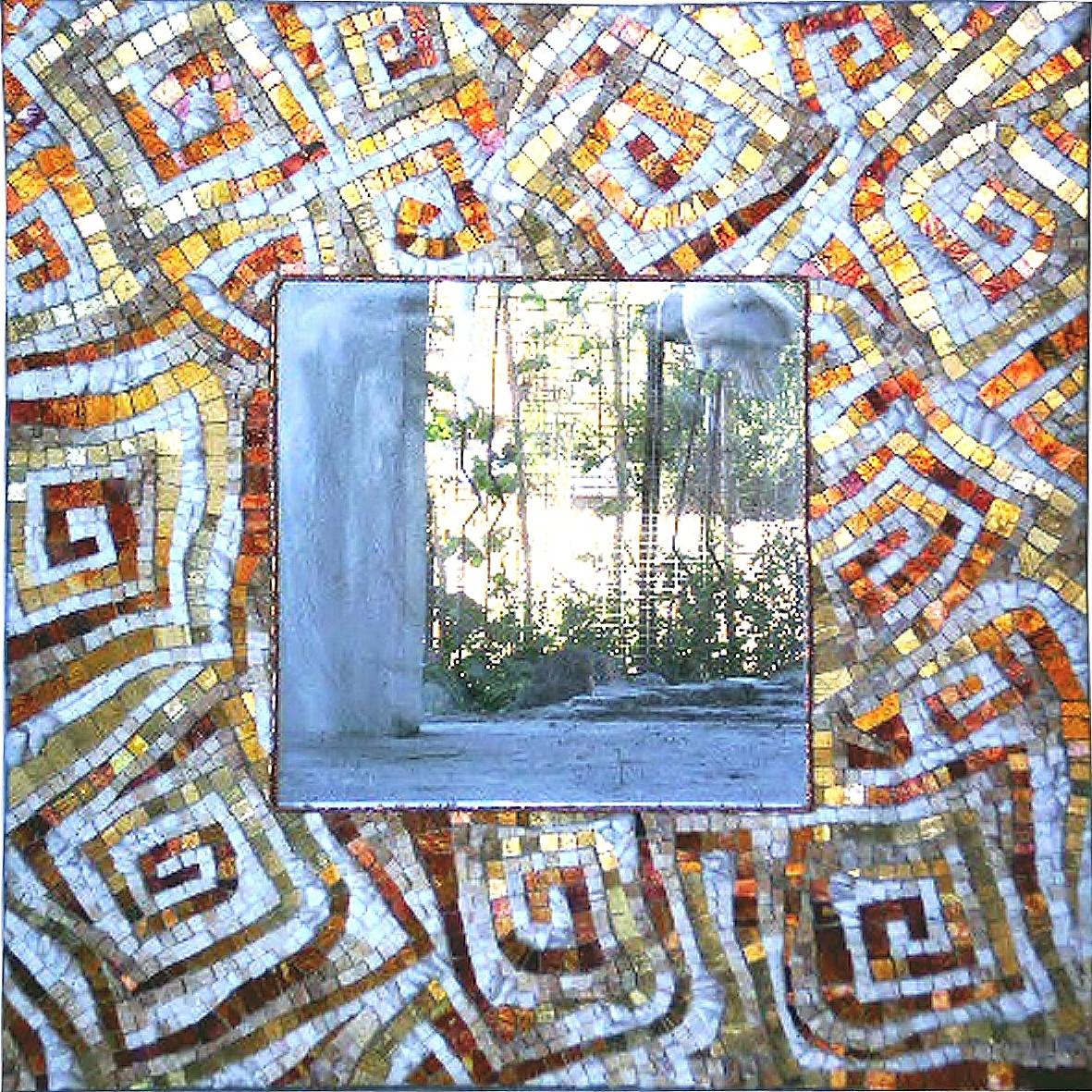 Specchio quadrato mosaico marmi e vetri colorati - Specchi colorati ...